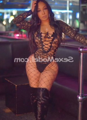 Nour-imane escorte girl rencontre sexe