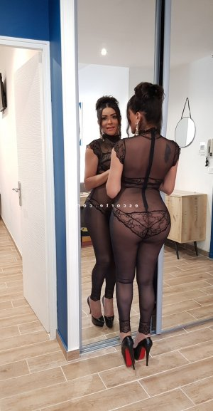 Bopha rencontre sexe escorte girl